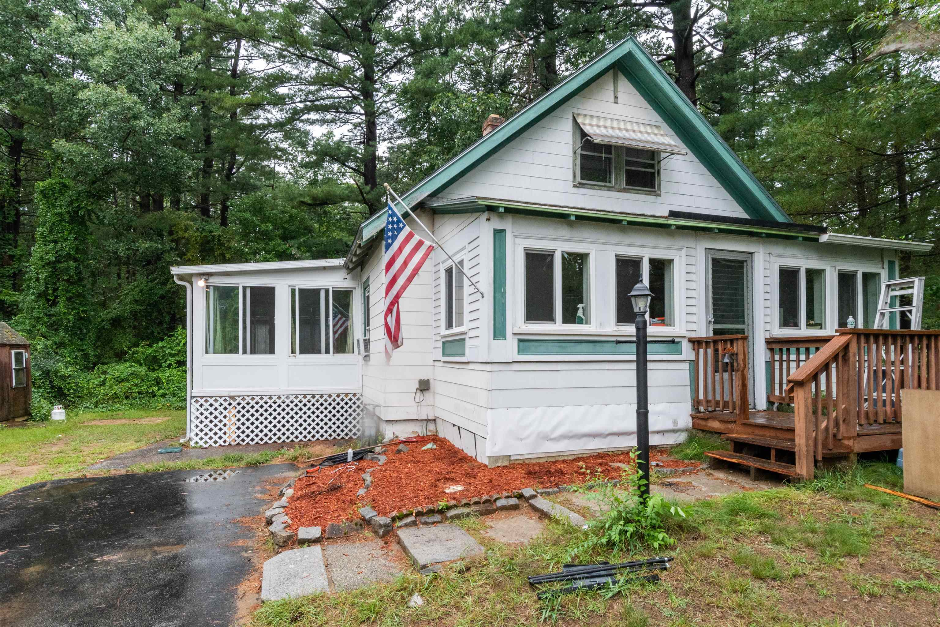 30 Lawrence Street, Concord, NH 03301