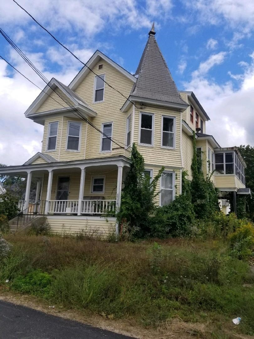 Newport NH 03773Multi Family for sale $List Price is $100,000