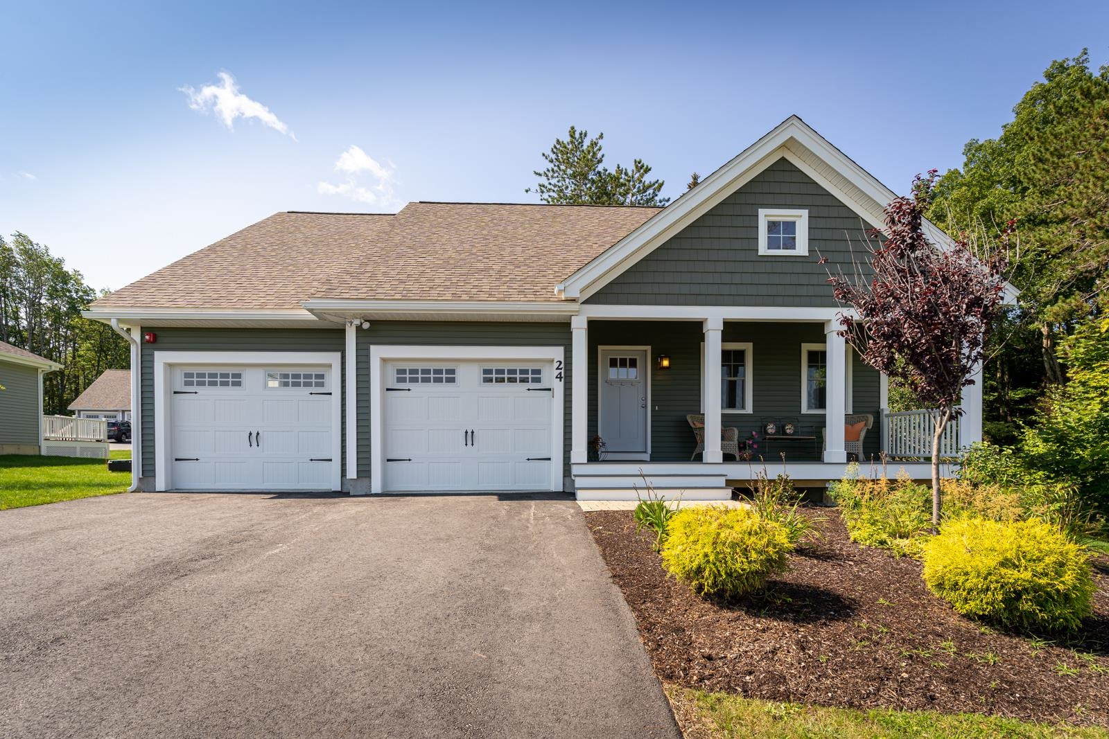 24 Three Ponds Drive, Brentwood, NH 03833