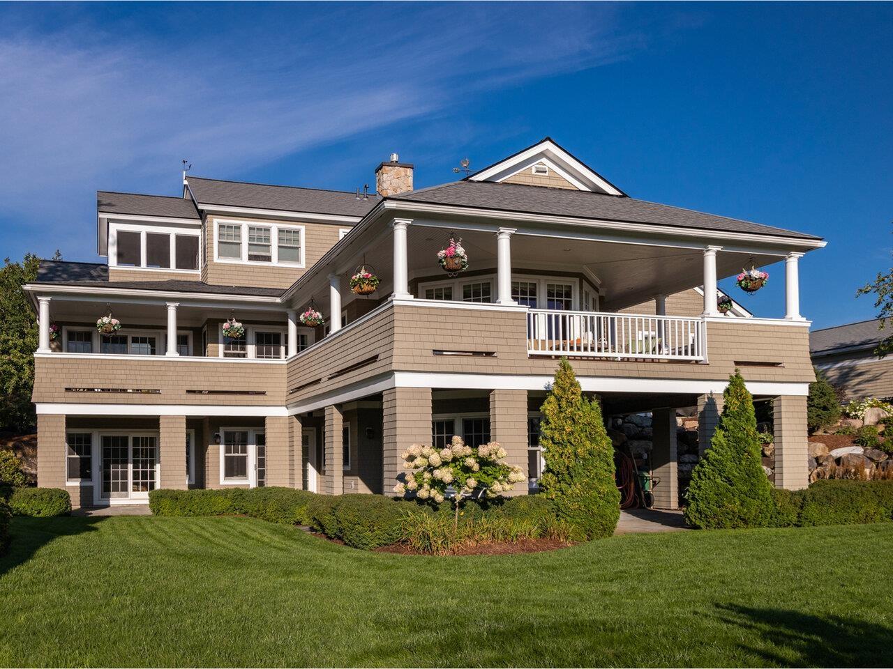 Photo of 376 Golf Course Road South Burlington VT 05403