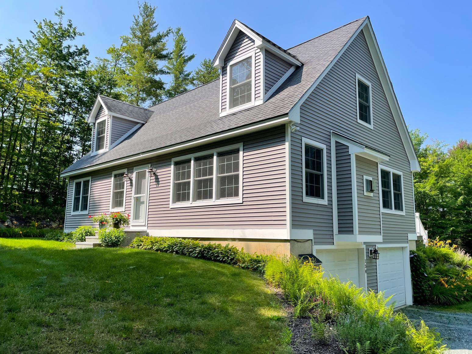 Newbury NH 03255Home for sale $List Price is $449,000