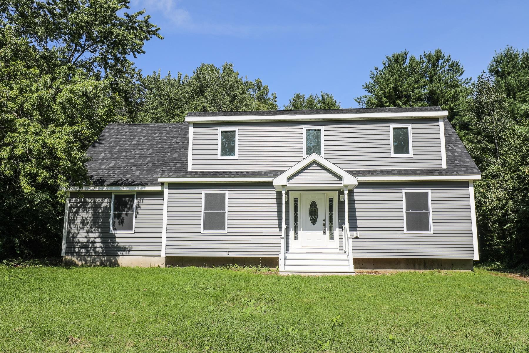 61 Pleasant Street, Epping, NH 03042