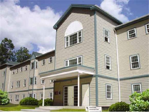 3 COUNTRY CLUB Drive, Manchester, NH 03102