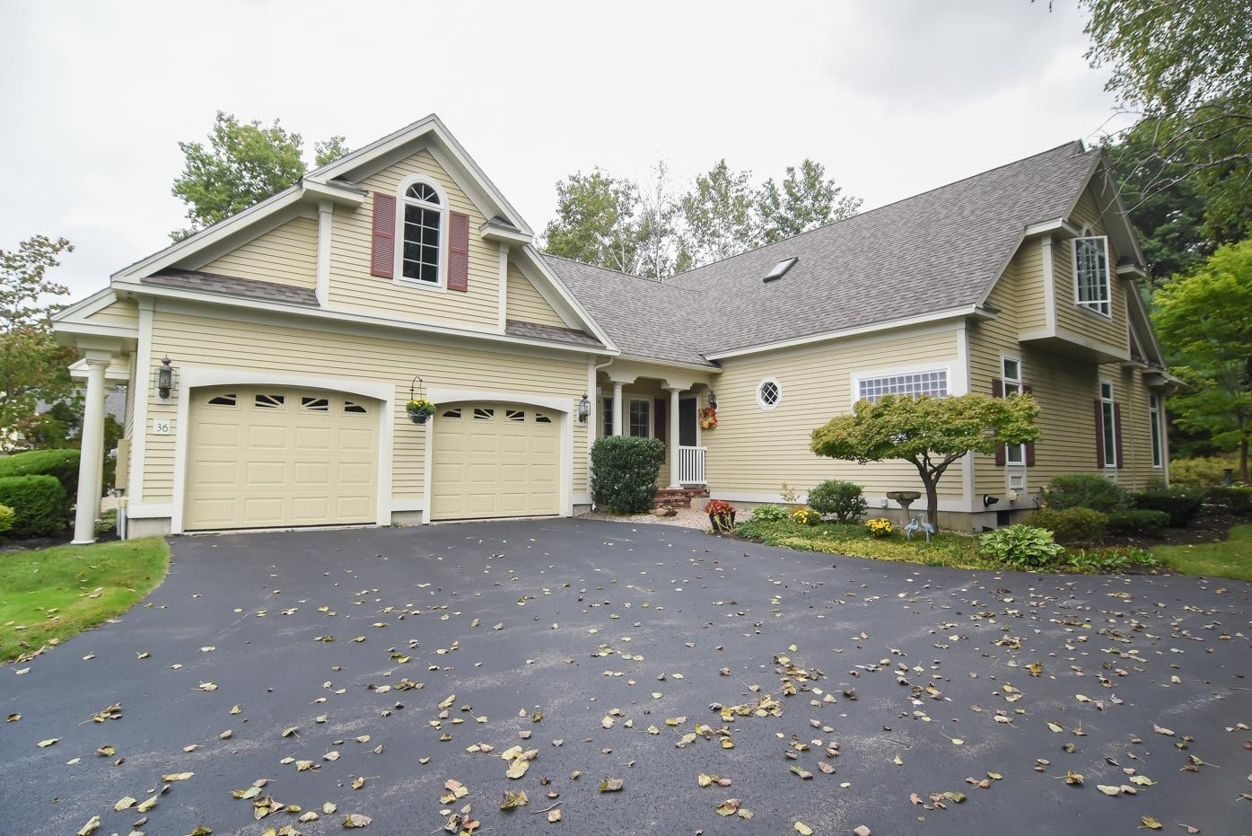 36 Hawkins Glen Drive, Salem, NH 03079