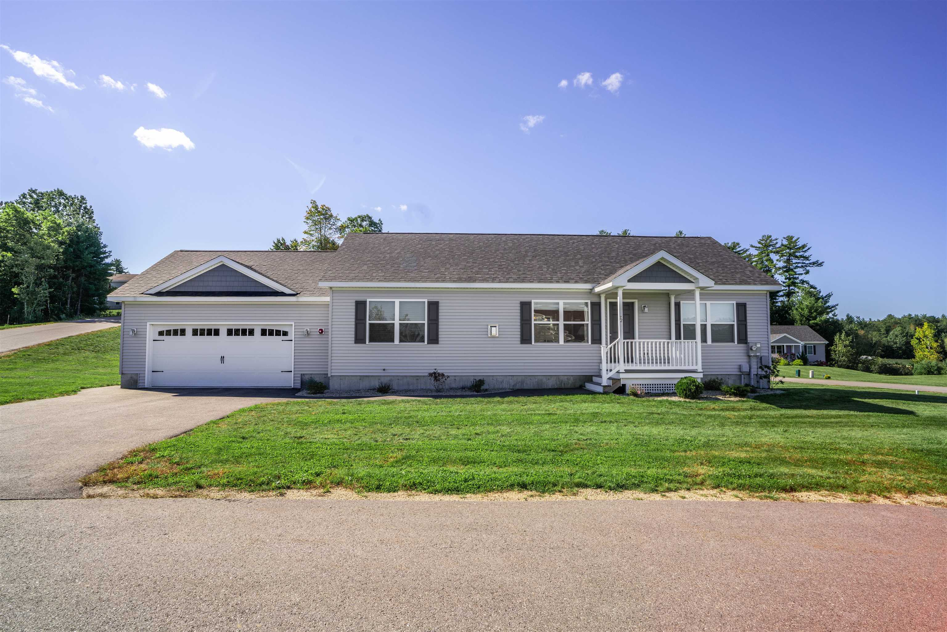72 Black Duck Drive, Chester, NH 03036