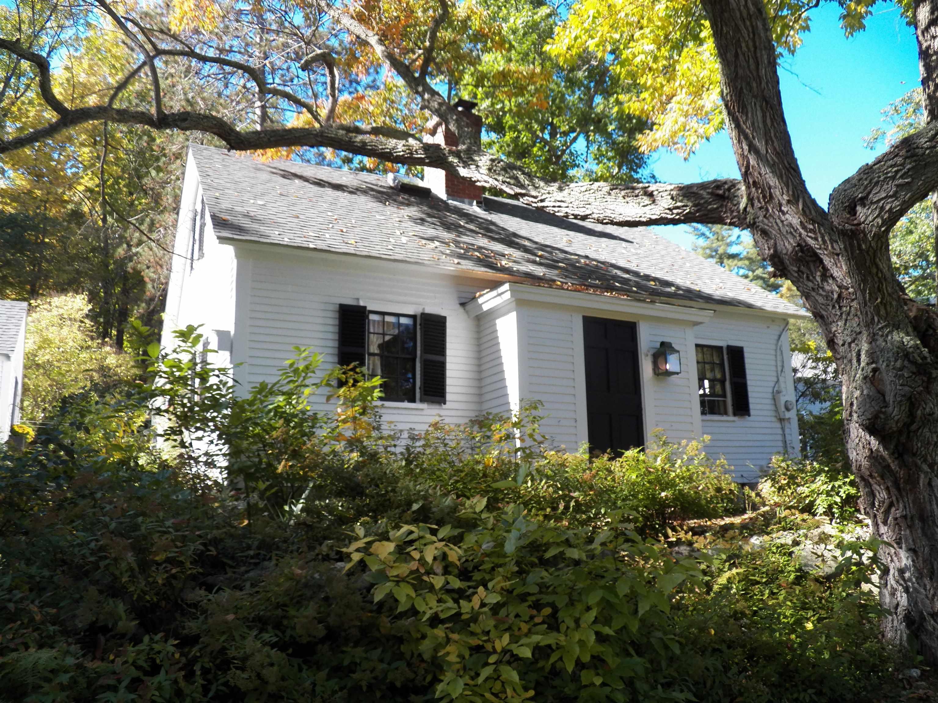 84 Temple Road, Wilton, NH 03086