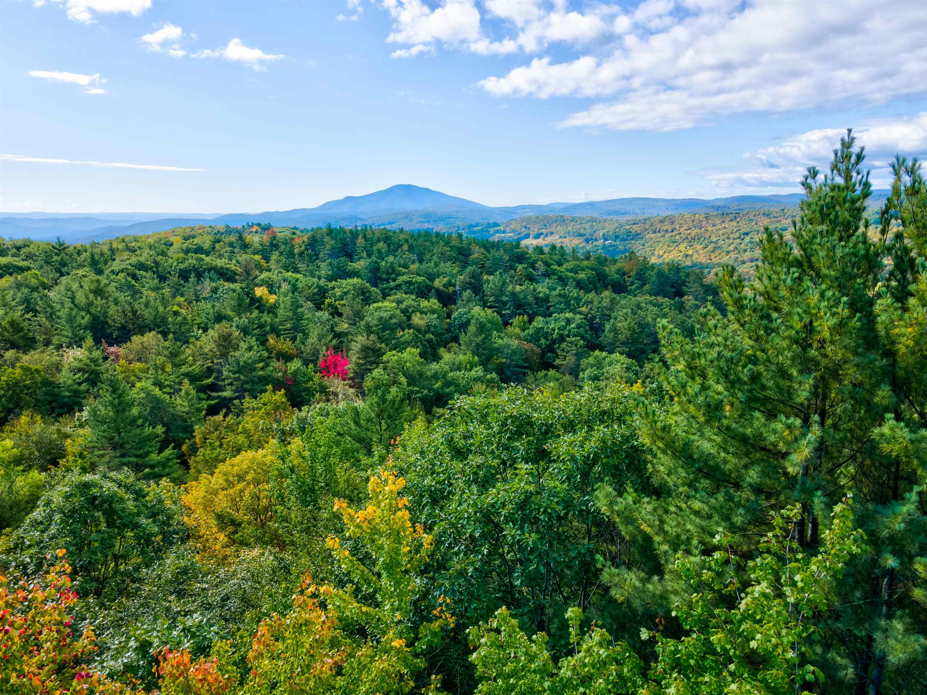 Hartland VT 05048Land for sale $List Price is $289,000