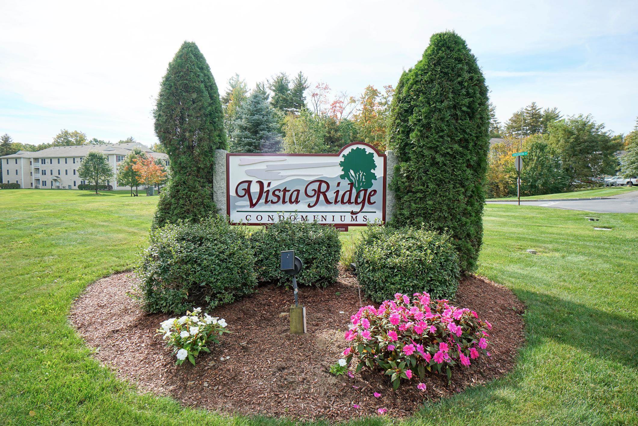 Photo of 14 Vista Ridge Drive Londonderry NH 03053